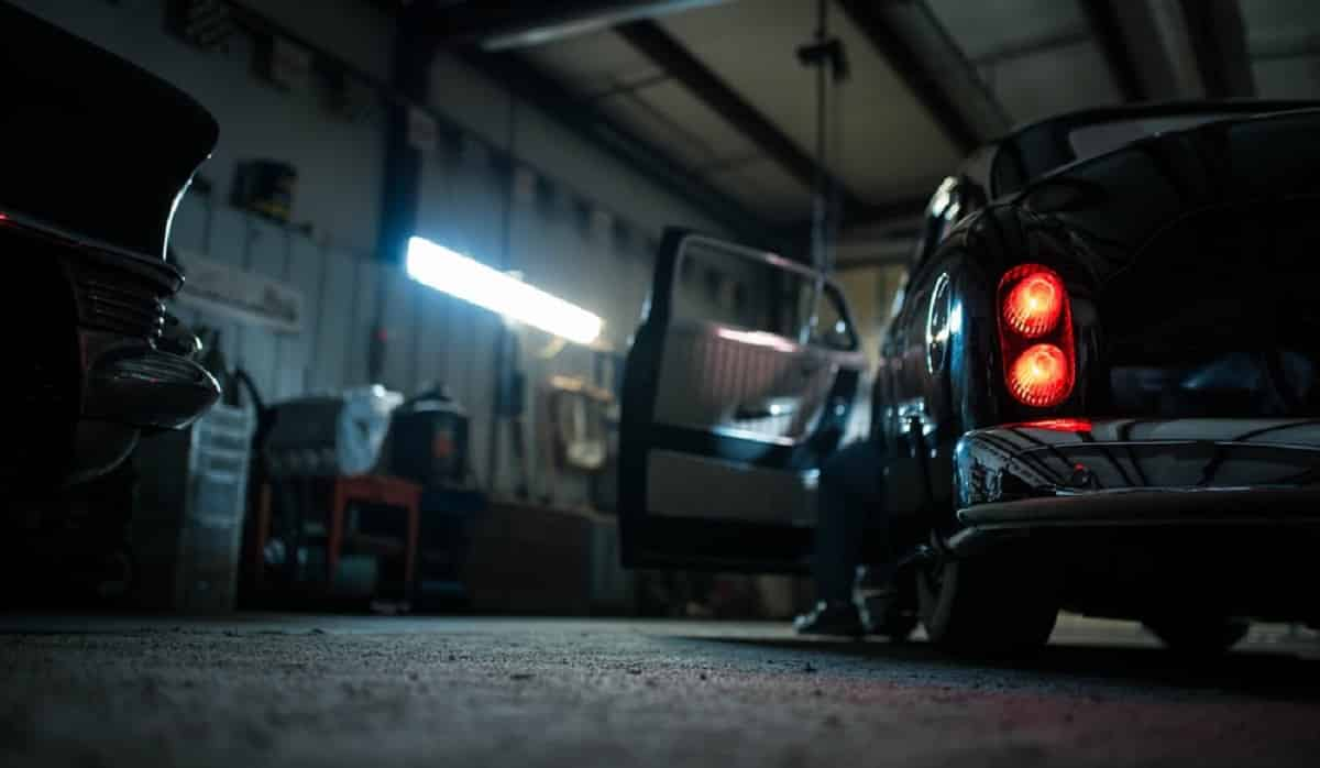 Best Dehumidifiers for Garages